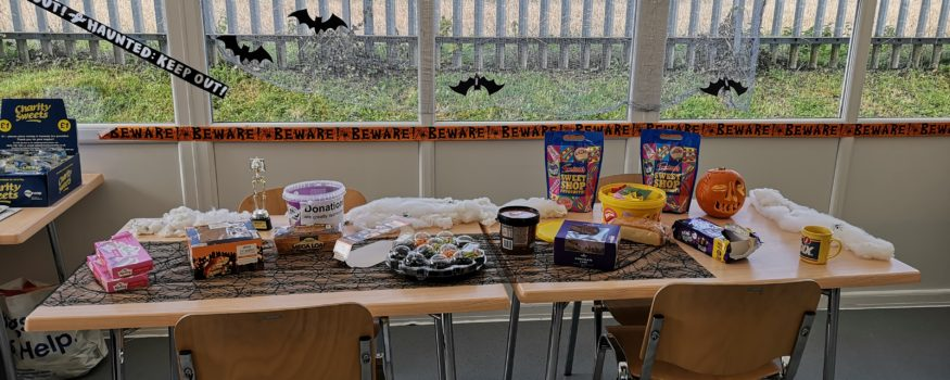 Prior Scientific Halloween charity event 2018